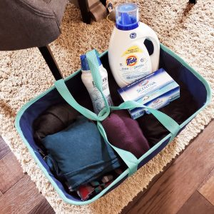 A Clevermade Laundry Tote (2)
