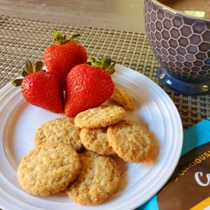 plate-of-strawberries-and-toasted-coconut-cookie-thins-from-costco