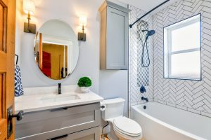 clean-bathroom-with-oval-mirror