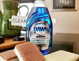 Dawn-dish-soap-feature-tricks-hacks-and-uses