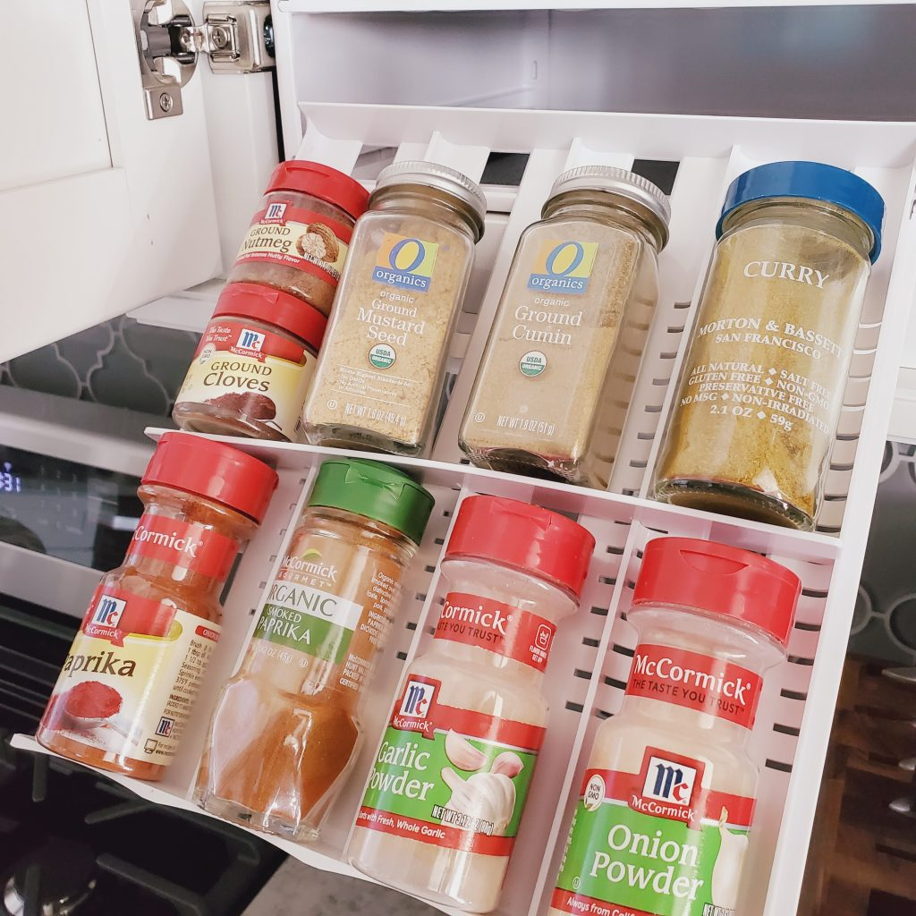 YouCopia-SpiceStack-Pullout-Drawer