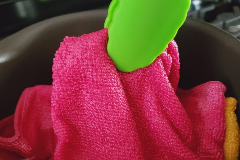 Some-microfiber-cleaning-cloths-can-be-spruced-up-by-boiling-them-Do-So-With-Caution