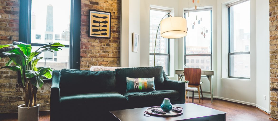 fall-decluttering-the-living-room